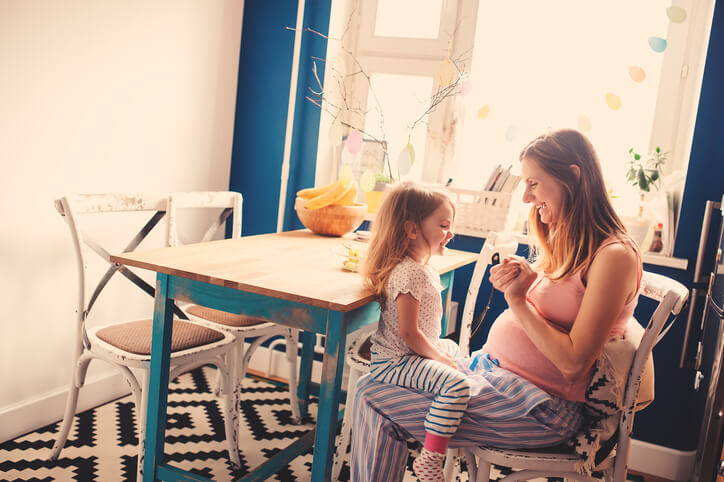 5 Things to Consider About Being a Surrogate as a Stay-at-Home Mom